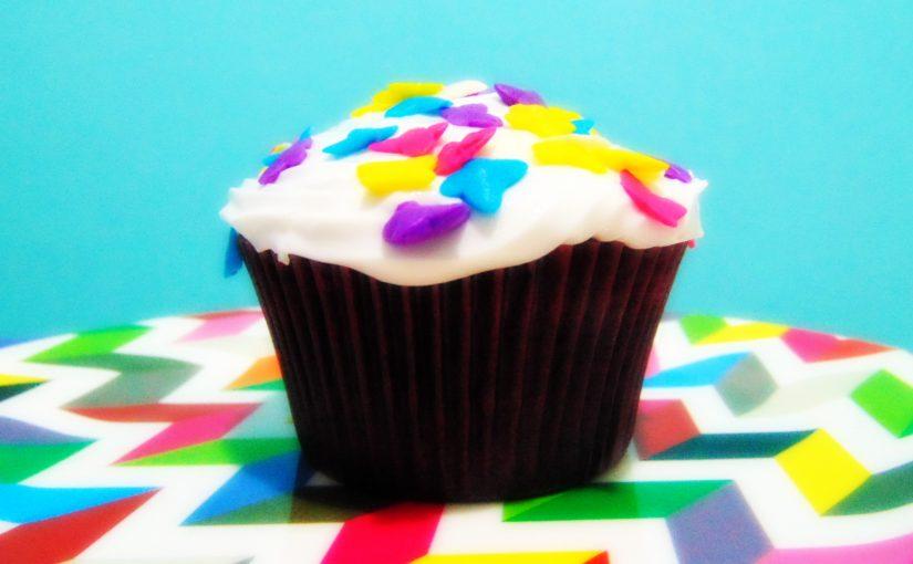 Cupcakes coloridos – Aprenda como colorir a massa de seus cupcakes!