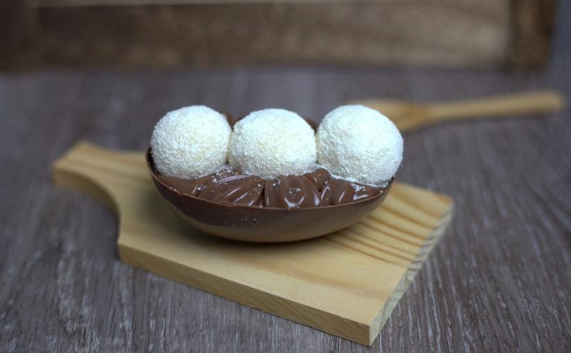 Mini ovo de colher com brigadeiro de Ninho e Nutella